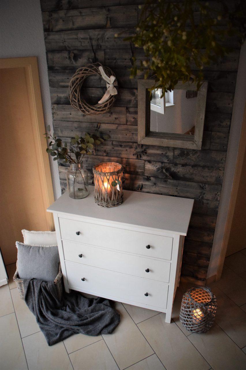 DIY Holzwand