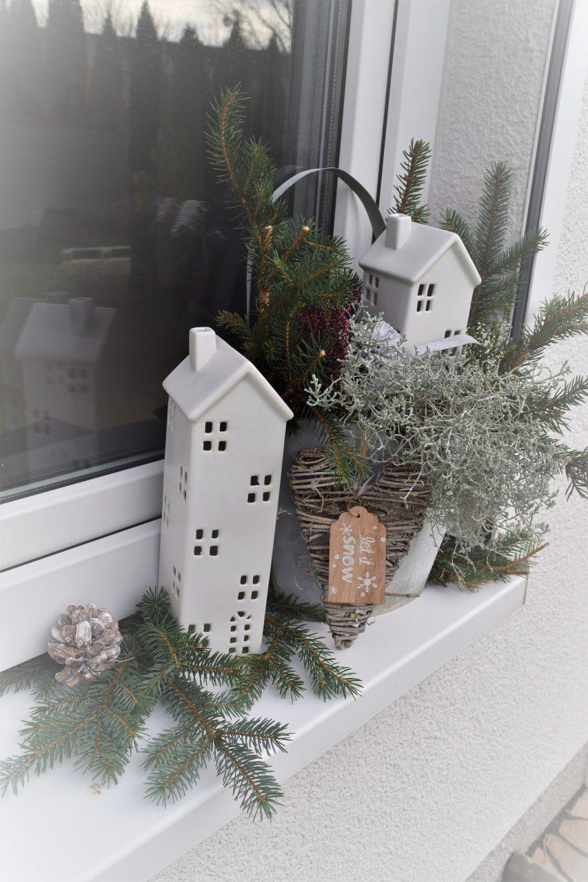 Winterliche Gartendekoration