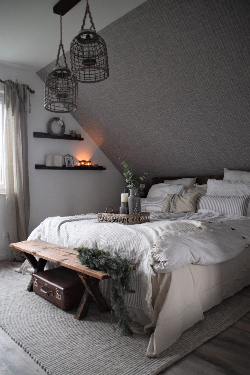 Wandelbares Bett mit wenigen Handgriffen