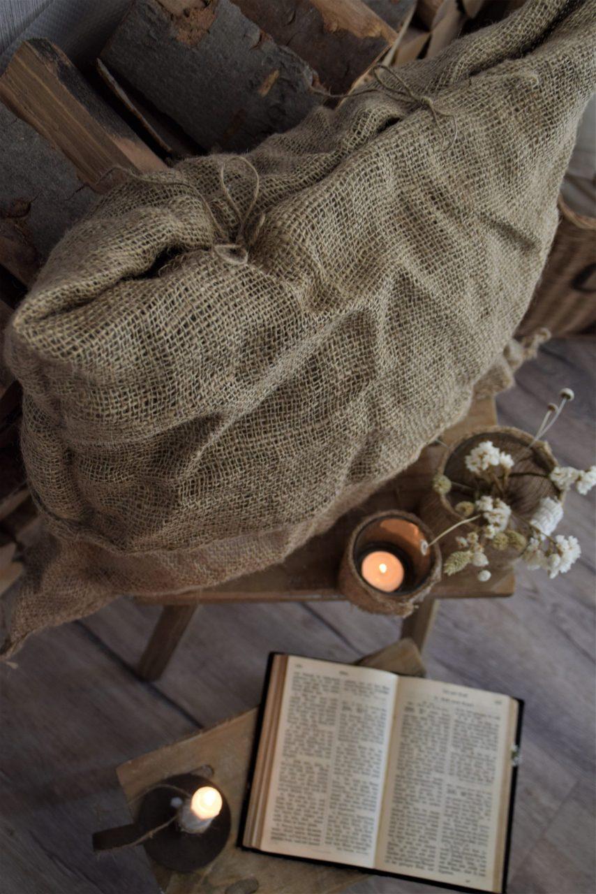 DIY Kissenhülle aus einem Pflanzsack- ganz ohne Nadel und Faden